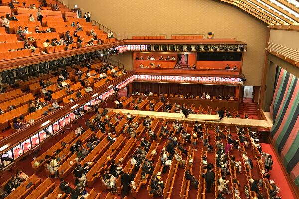 歌舞伎座の3階西の張り出しから見た座席