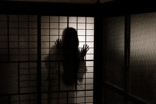 恐怖のお岩さんの亡霊