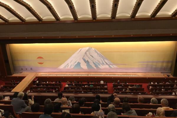 歌舞伎座の観客