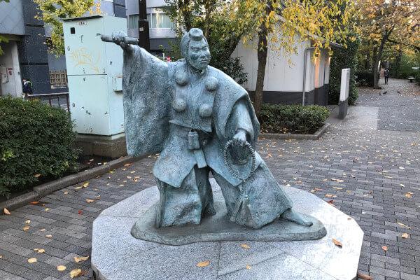 東京都中央区人形町にある勧進帳の弁慶像